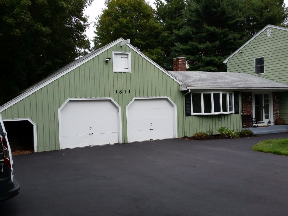 Dedham Ma New Siding Gutters Amp Roofing Jancon Exteriors